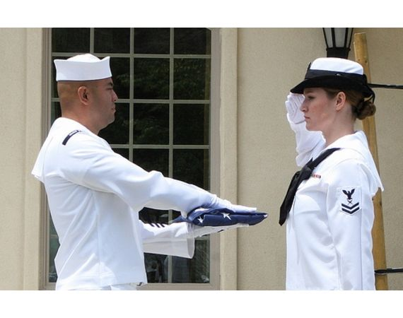 ... _ehow_images_a05_at_fq_navy-whites-uniform-regulations-women-800x800